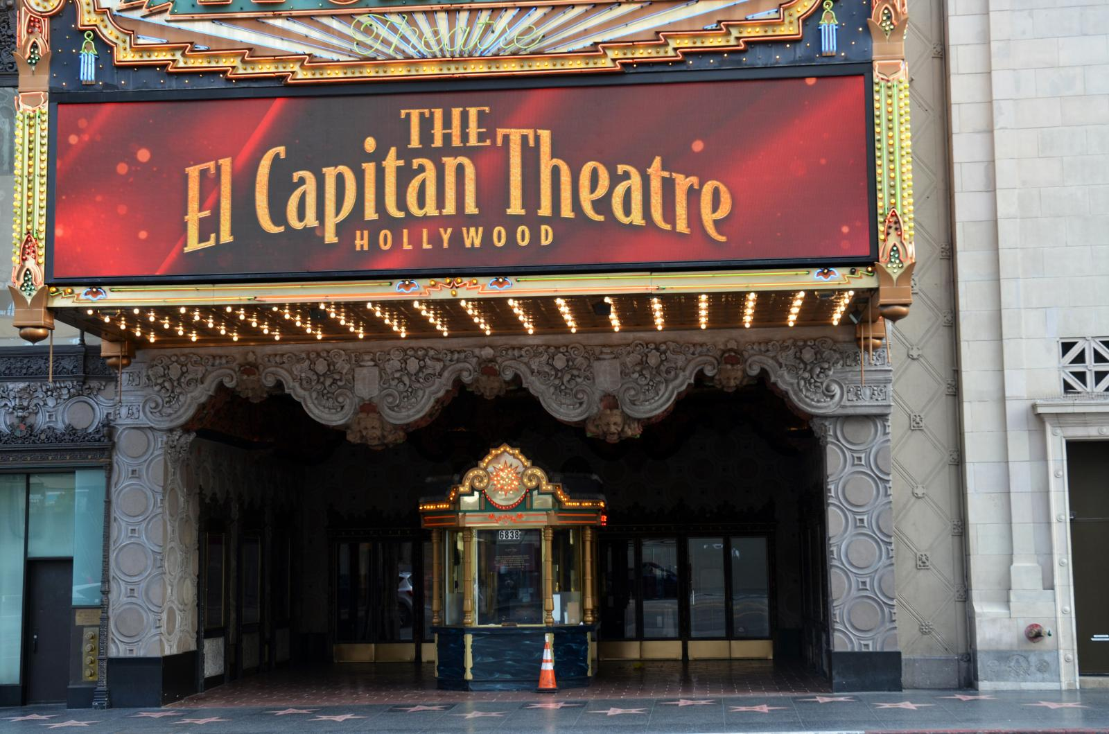 Photography image - Loading The_El_Capitan_Theatre.jpg