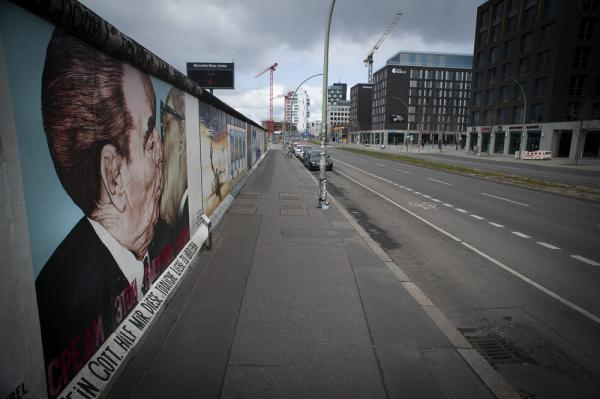 The East Side Gallery with remnants of the Berlin Wall is deserted as the Corona Virus continues to bring daily life to a standstill in Berlin, Germany.