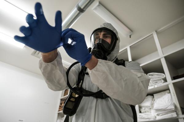 Covid-19 emergency response: IFD decontamination unit at work