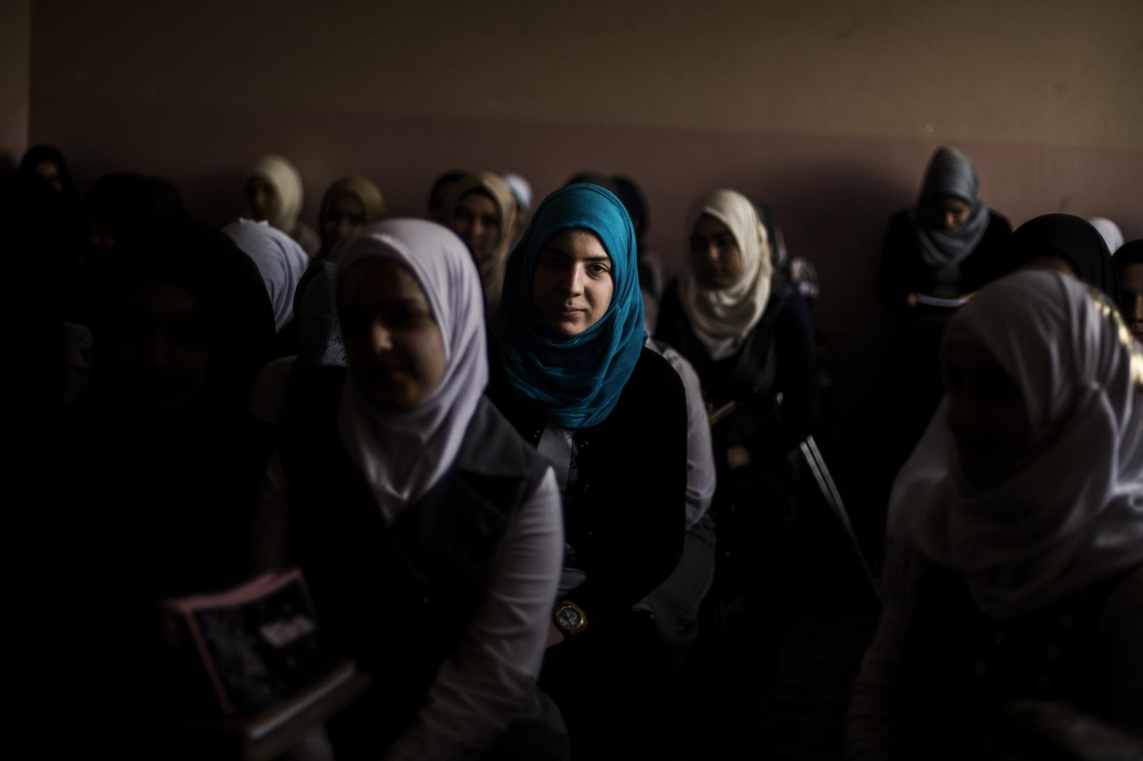 Photography image - Loading Education-IRAQ-CNN-02.jpg