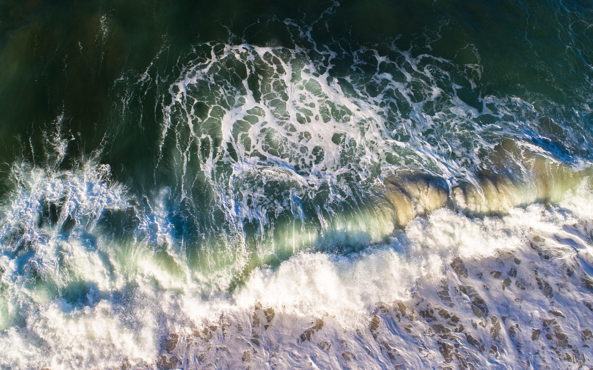 18. Breaking waves