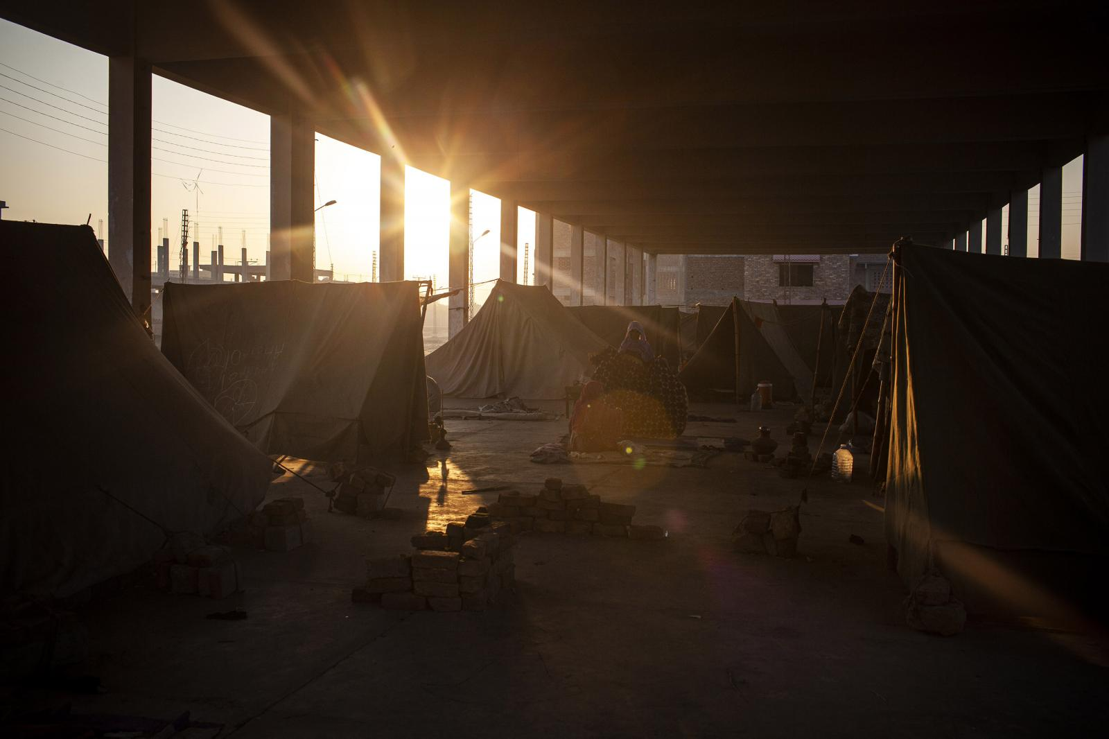 Sunset at the Sabzi Mandi camp in Hyderabad. At least six million people have been affected with half a million having lost everything. Diego Ibarra Sánchez for WHO