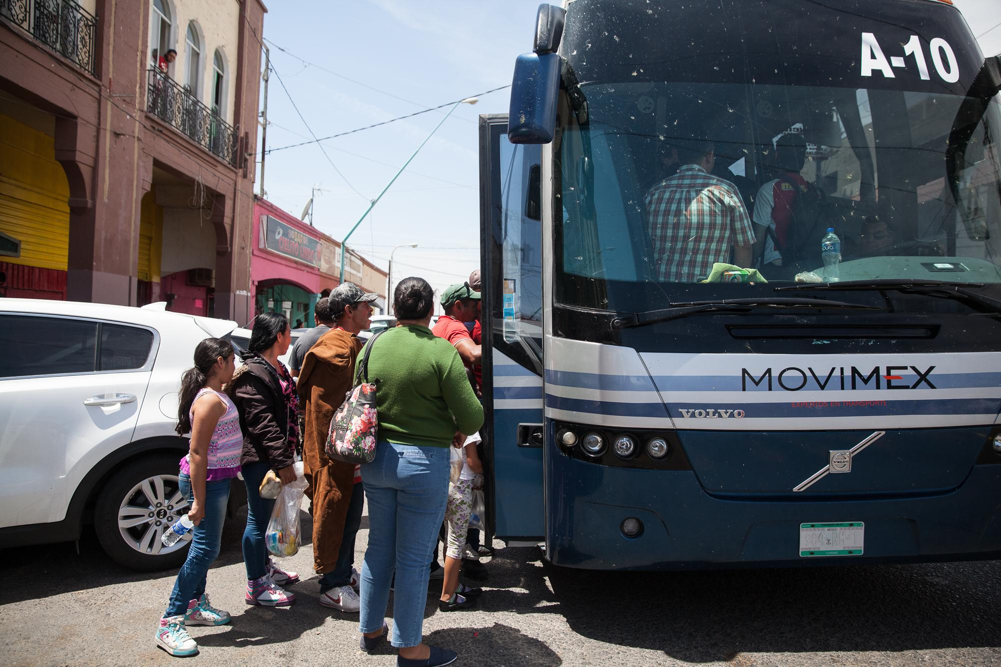 After stopping in Mexicali, MX, for two hours, migrants get back on the buses and make their way to Tijuana. The caravan that traveled through Mexico had over 1000 migrants traveling but it has dwindled down to a few hundred. The migrants traveling in the first two busses will stay at Juventud 2000 shelter. The shelter is set up with tents, food and supplies for the next couple of days.