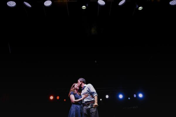 Beto O'Rourke kisses his wife during a concession speech after being defeated by Ted Cruz in the highly contentious midterm election for a senate seat in Texas on November 6, 2018.
