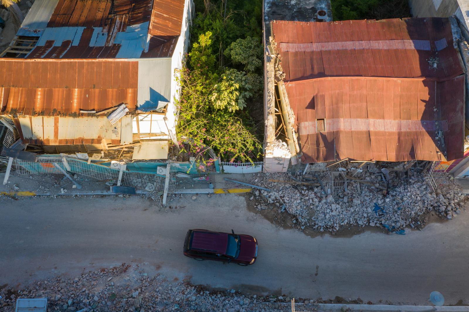 Photography image - Loading AG-sRGB-Earthquake-7.jpg