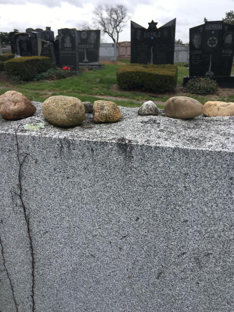 Photography image - Loading -2stones_on_a_grave.jpg
