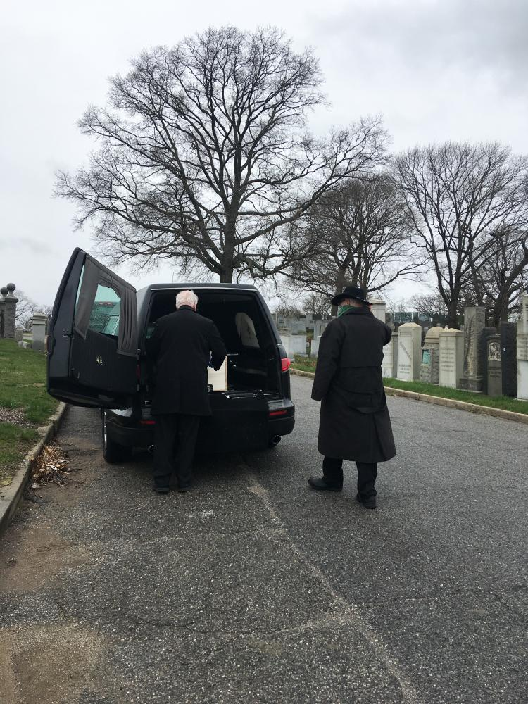Photography image - Loading -3funeral_director___hearse.jpg