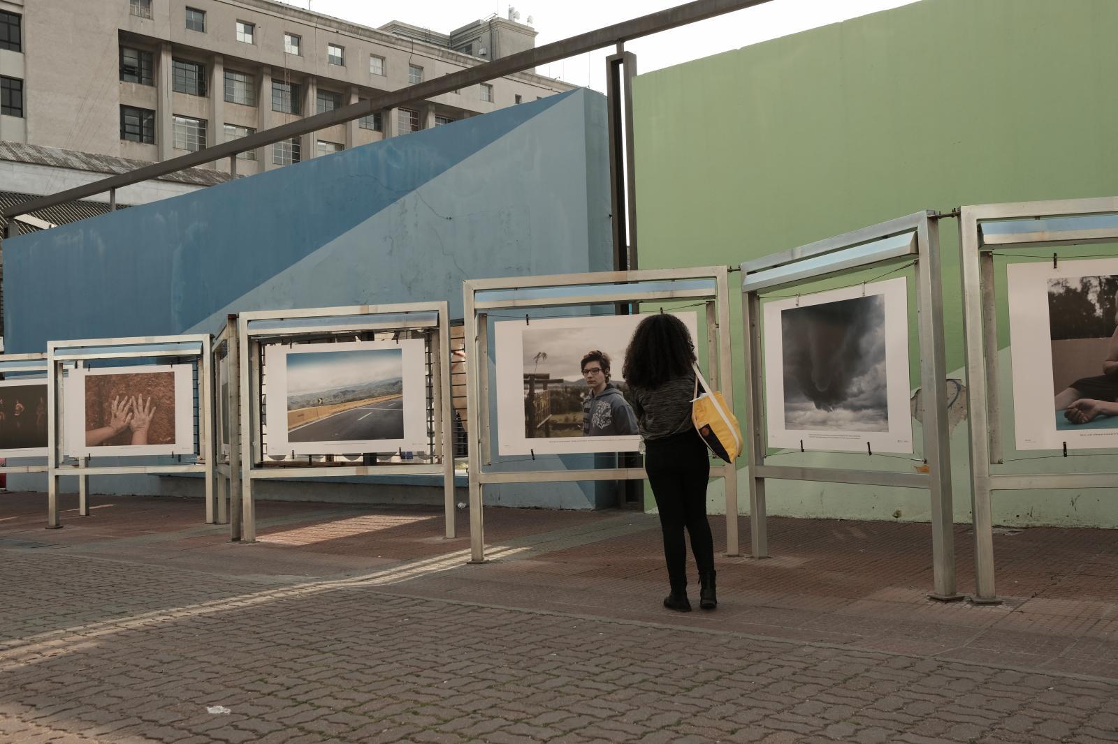 Fátima, na fotogaleria Ciudad Vieja do Centro de Fotografia de Montevideo, Uruguai.