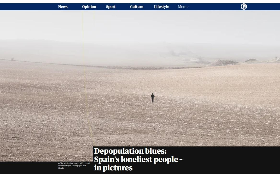 Art and Documentary Photography - Loading Guardian.jpg