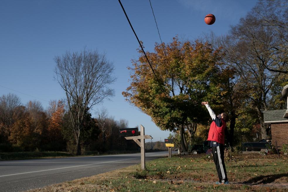 Art and Documentary Photography - Loading 0010_stateofbasketball_indiana_20121021_0033.jpg