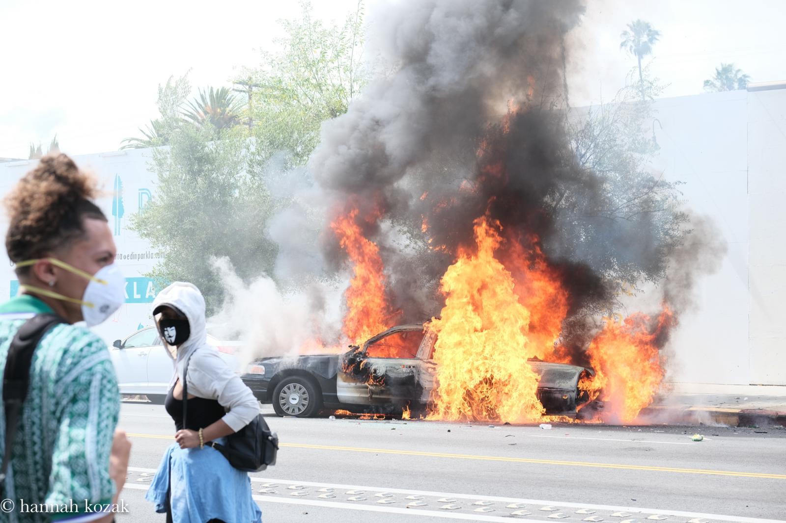 Photography image - Loading Hannah_Kozak_LA-Protest-29-May-2020_May-30_-2020_DSCF9837.jpg