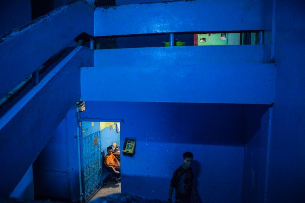 Art and Documentary Photography - Loading BarrioTriste-arrejuan-24.jpg
