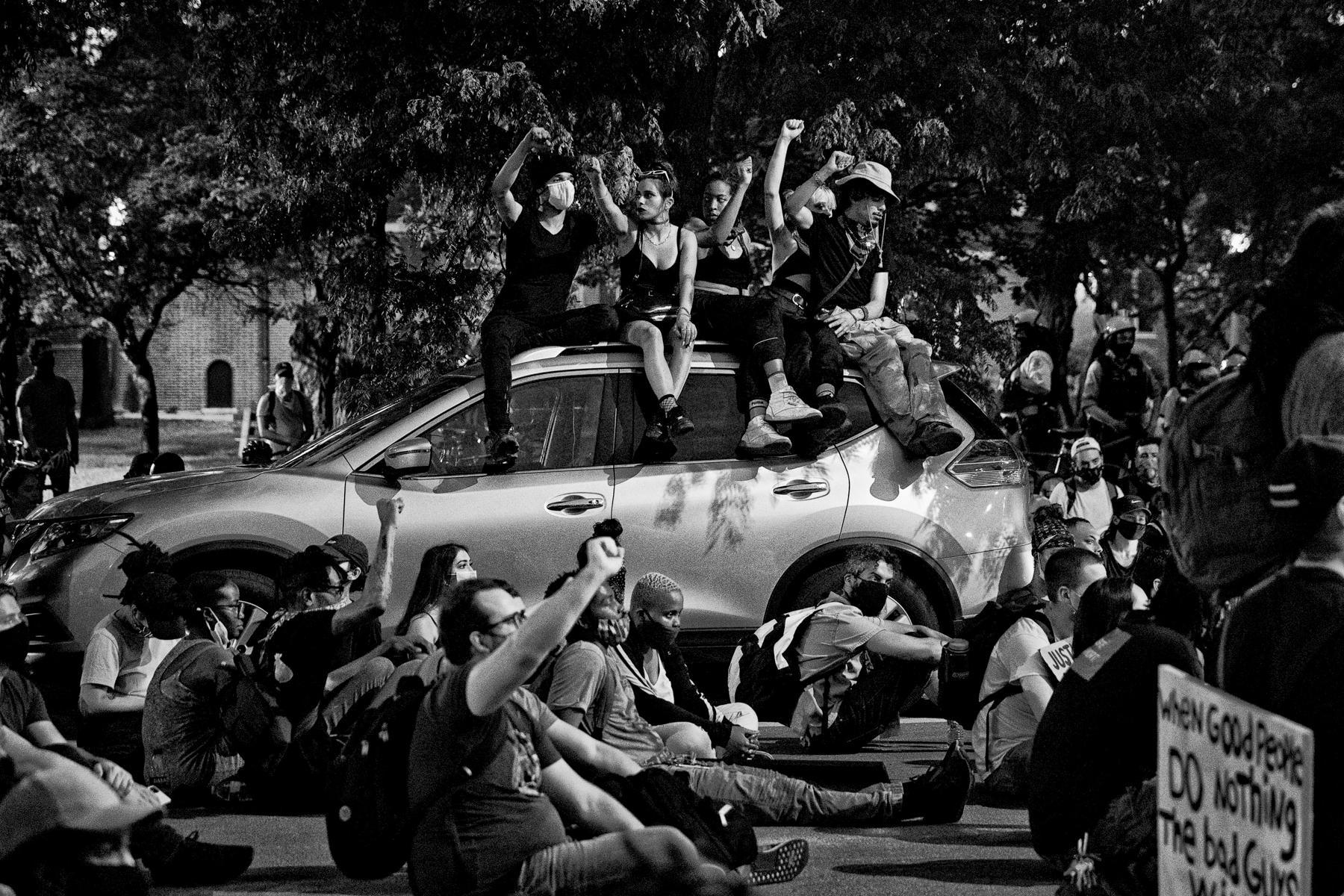 Art and Documentary Photography - Loading 06062020_NT_GeorgeFloydProtest_09-Edit.jpg