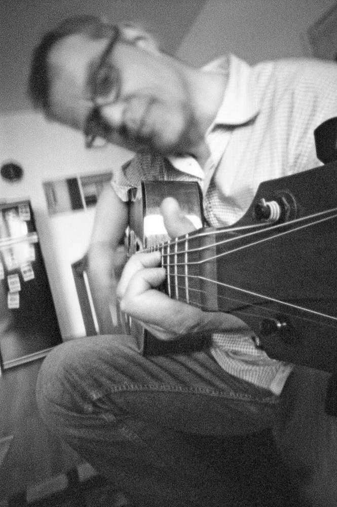 Photography image - Loading 160402_Gitarre_Bild03.jpg