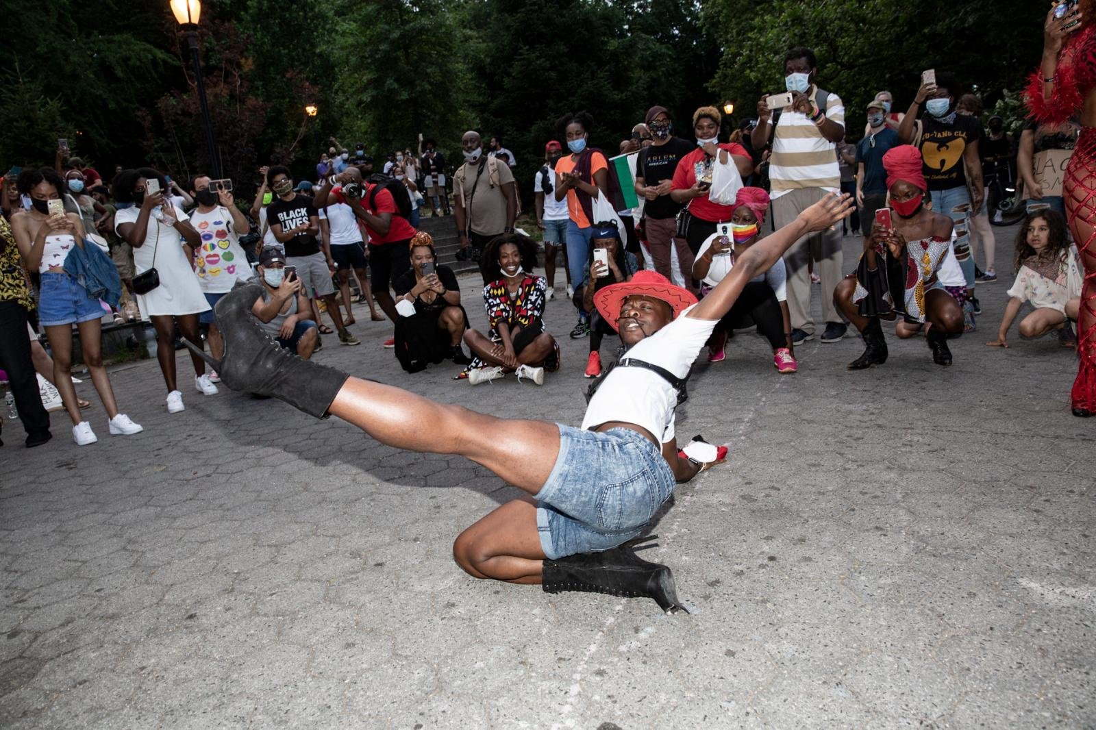 Photography image - Loading 2020-06-19-Protest-Juneteenth-ABC-1827.jpg