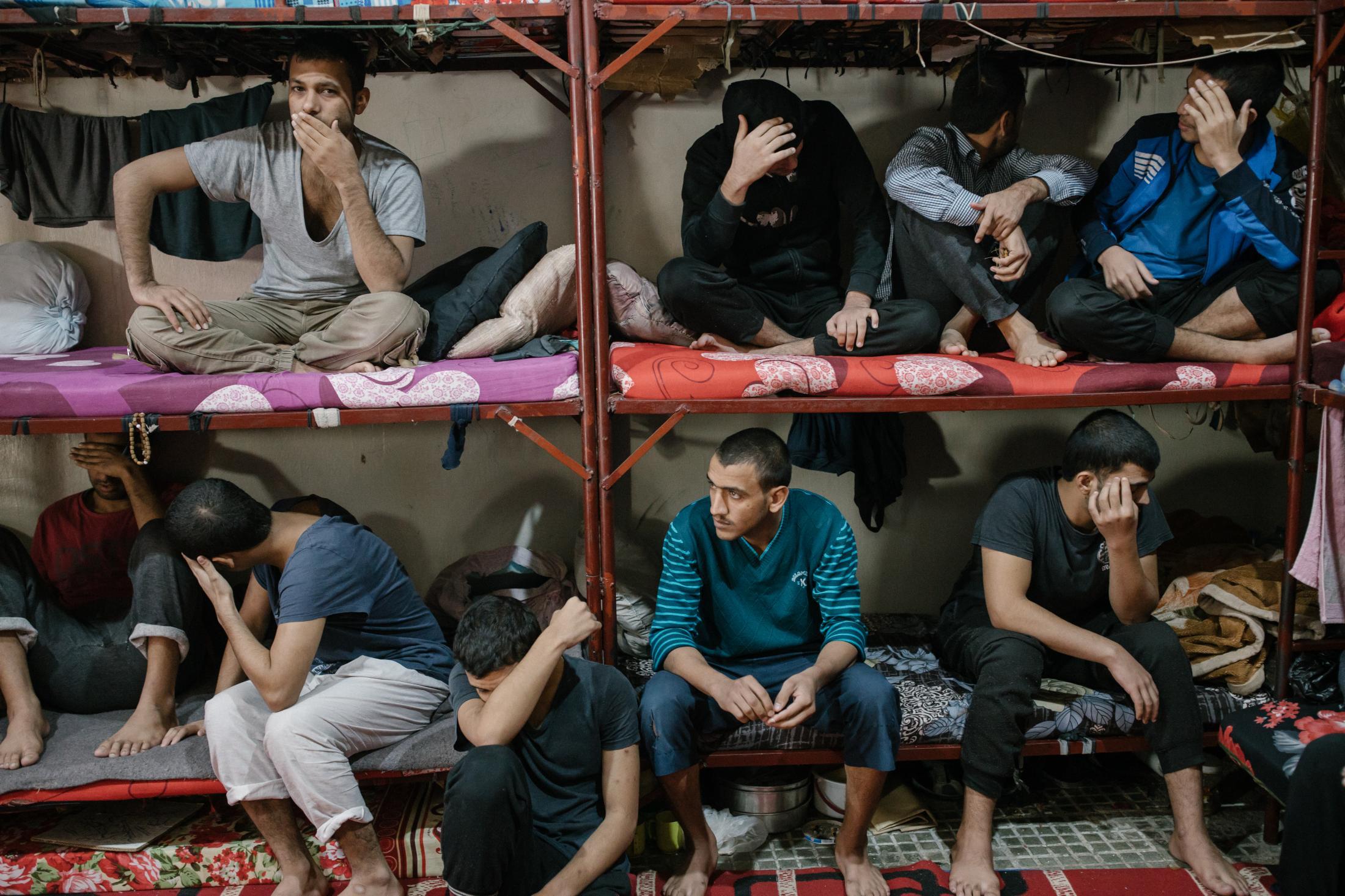 Le 28 octobre 2019. Prison où des membres suspectés d'appartenir à l'Etat islamqiue sont détenus. Dans cette cellule, une trentaine de détenus d'origine pour la plus part irakienne ou syrienne.