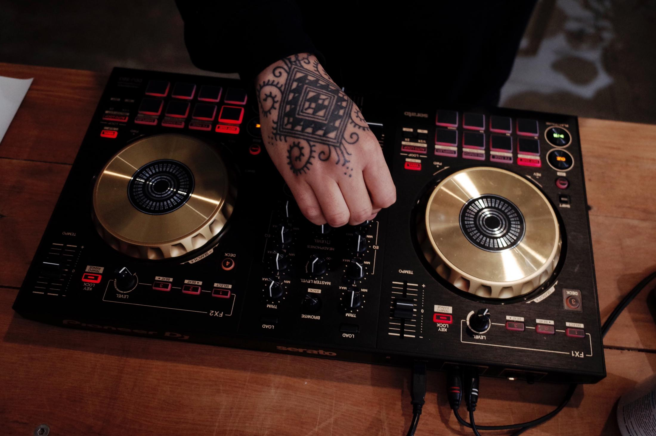 Art and Documentary Photography - Loading DJ_Infrequent_Flyer_hands.jpg.jpg