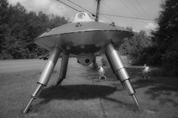 Aliens Hunting Demon Semen