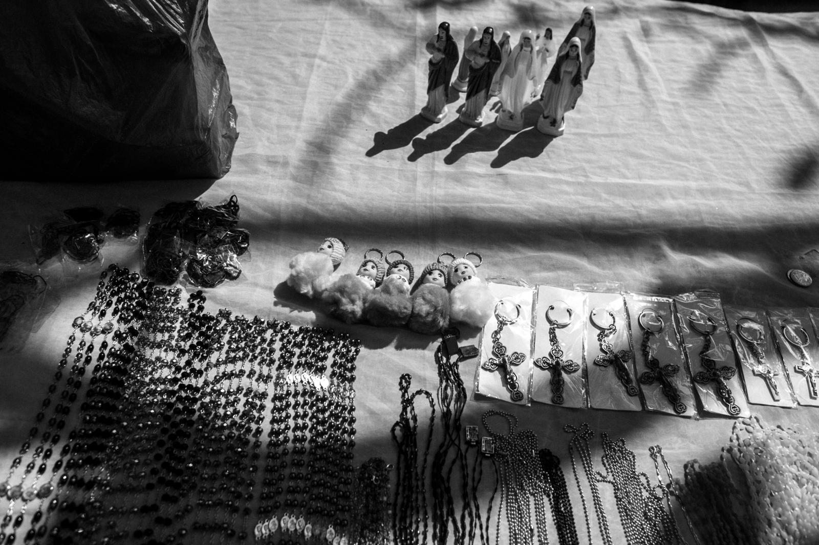 Photography image - Loading NipahDennis_ComingToMaria-2.jpg