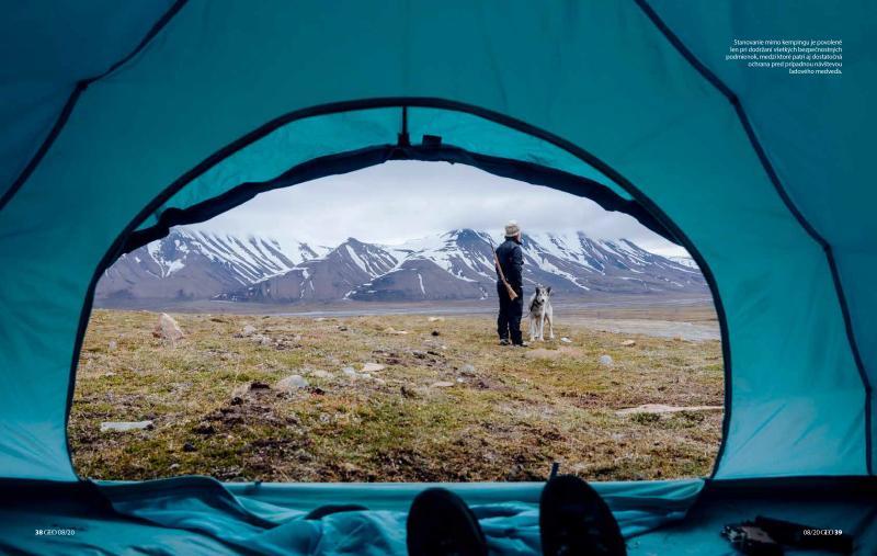 Art and Documentary Photography - Loading Svalbard6.jpg