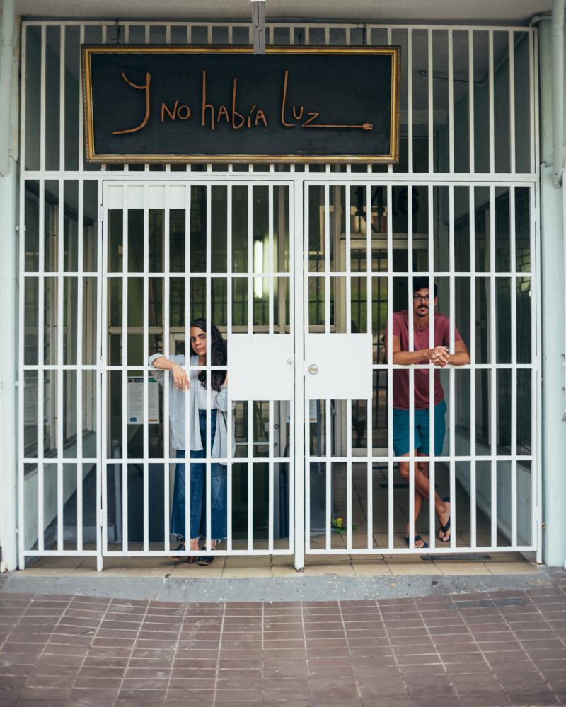 Proyecto fotográfico de retratos desde sus espacios de aislamiento a los puertorriqueños. Fotos: Eric Rojas