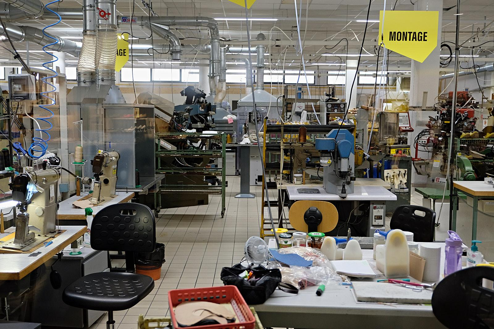 Overview of the workshop in the cite de la chaussure.