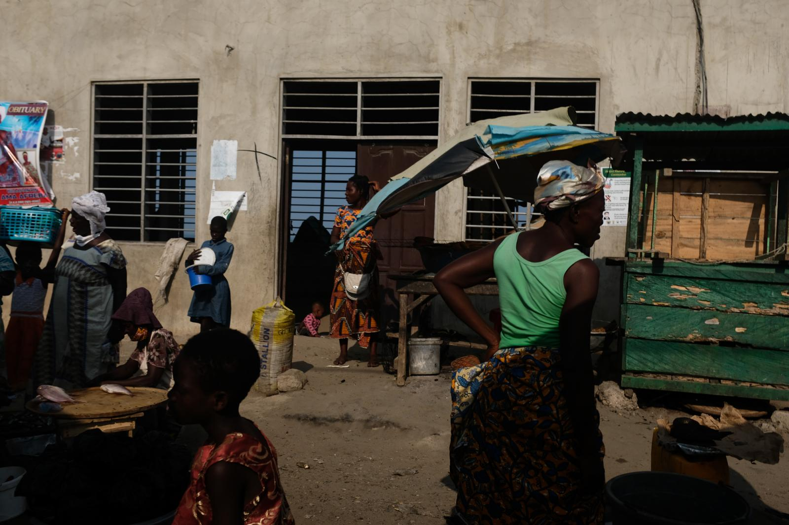 Photography image - Loading nipah-dennis-community-winneba-everydayafrica-01.JPG