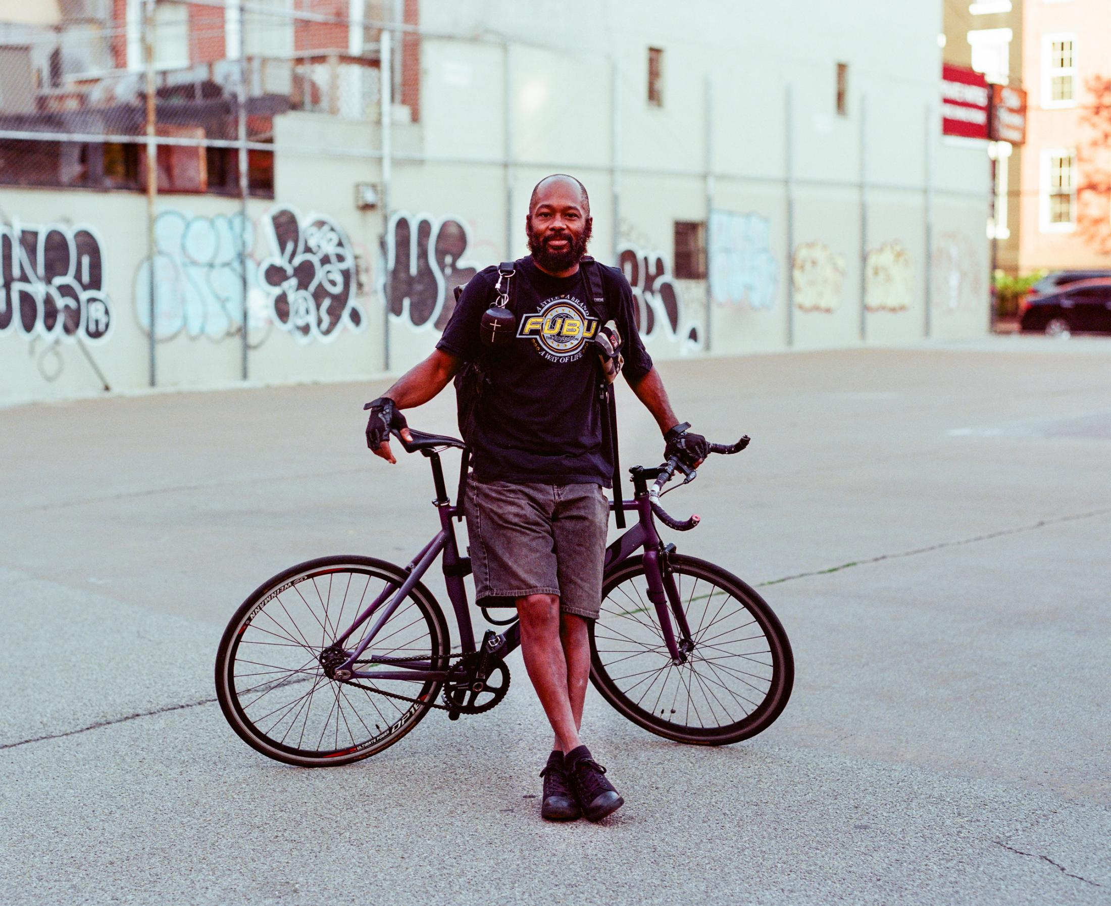 Usef Campbell on September 27, 2019 in NYC. Photo essay on Bike Messengers.