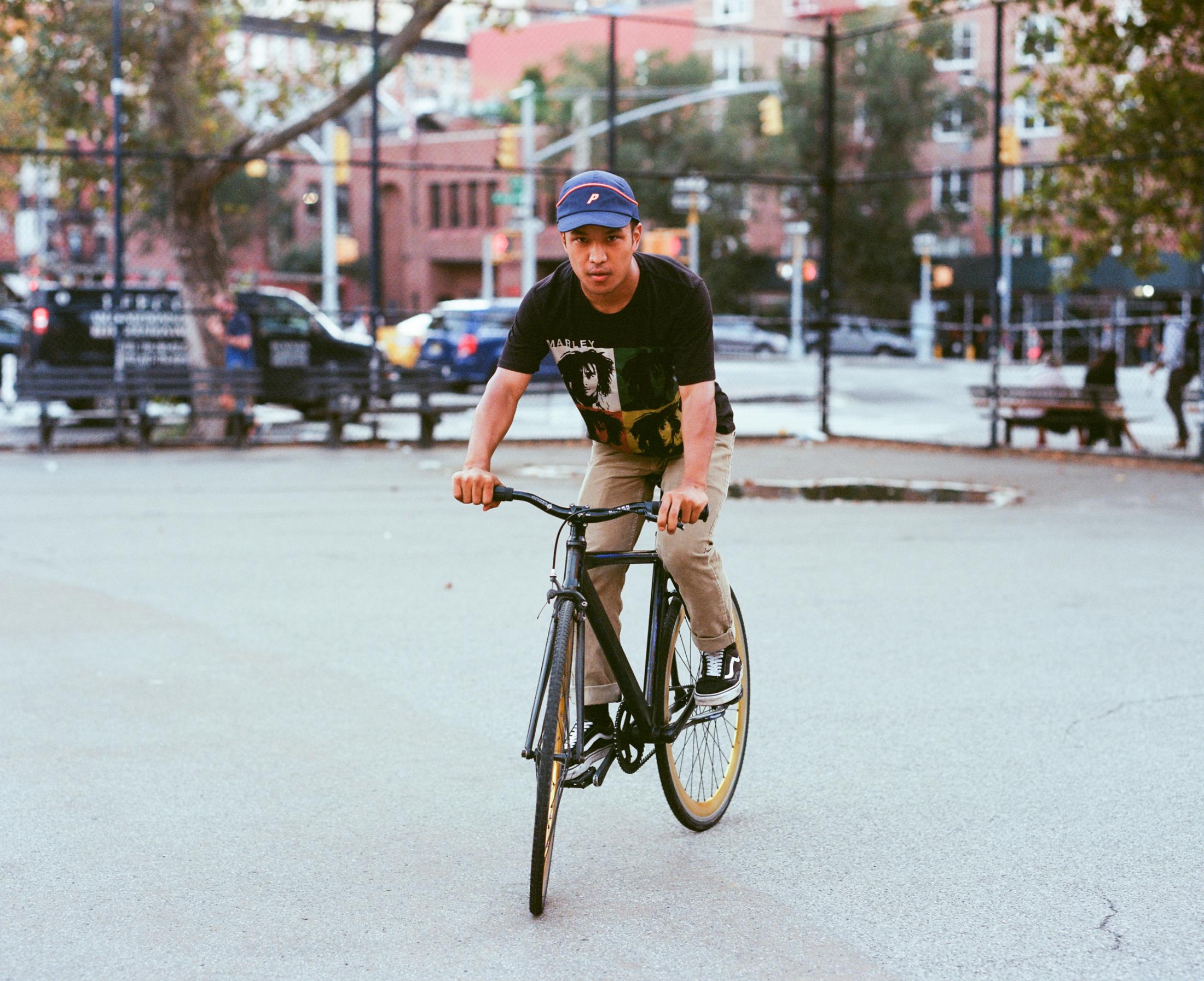 Tsheeringsyangbo (Nepal) on September 27, 2019 in NYC. Photo essay on Bike Messengers.