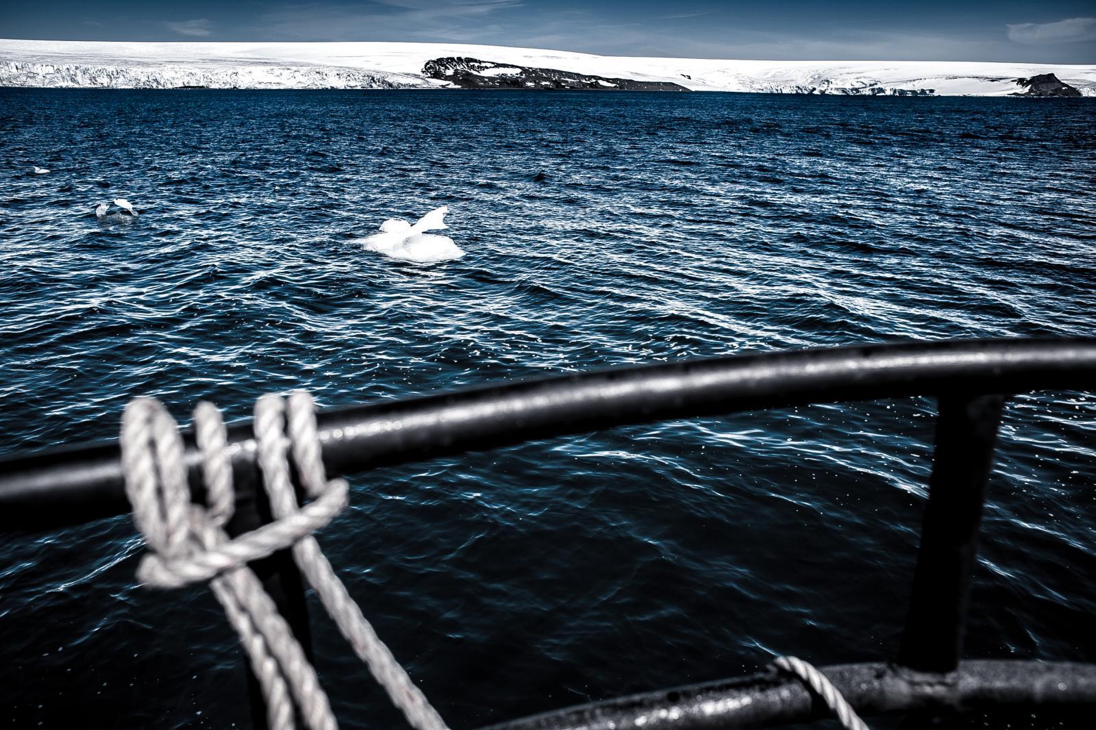 Photography image - Loading Antarctica-2.jpg