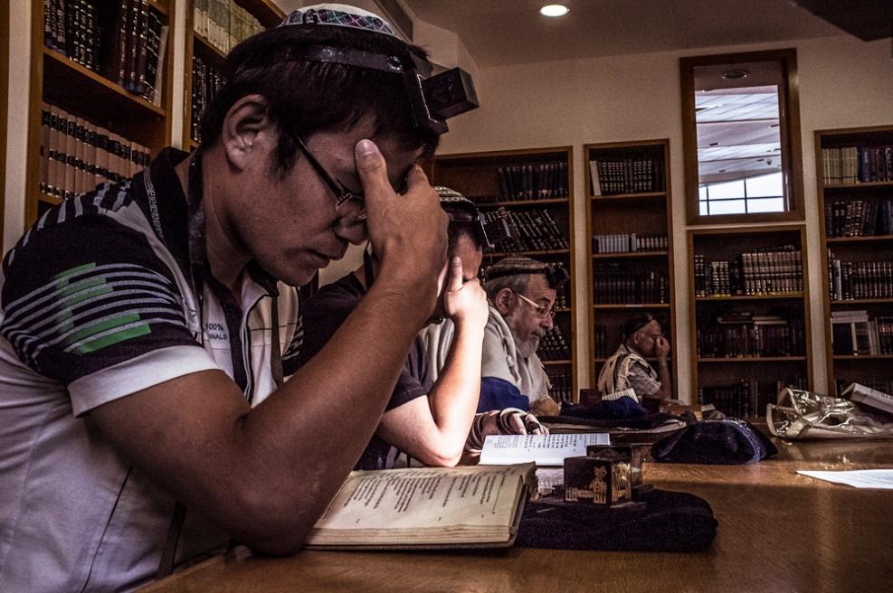 Art and Documentary Photography - Loading Fully Jewish Fully Chinese_JasonJia-16.jpg