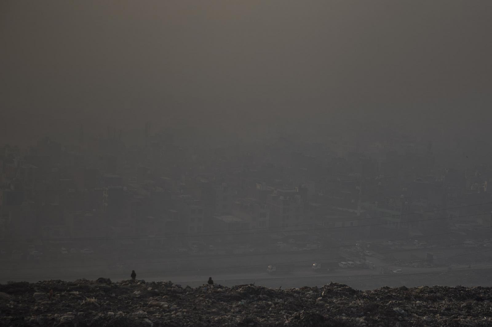 Photography image - Loading 01_Santi_Palacios_Delhi_Hills.jpg