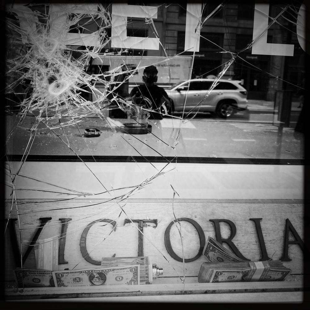 Photography image - Loading Looted__Victoria___s_Secret_With_Cash__2020.JPG