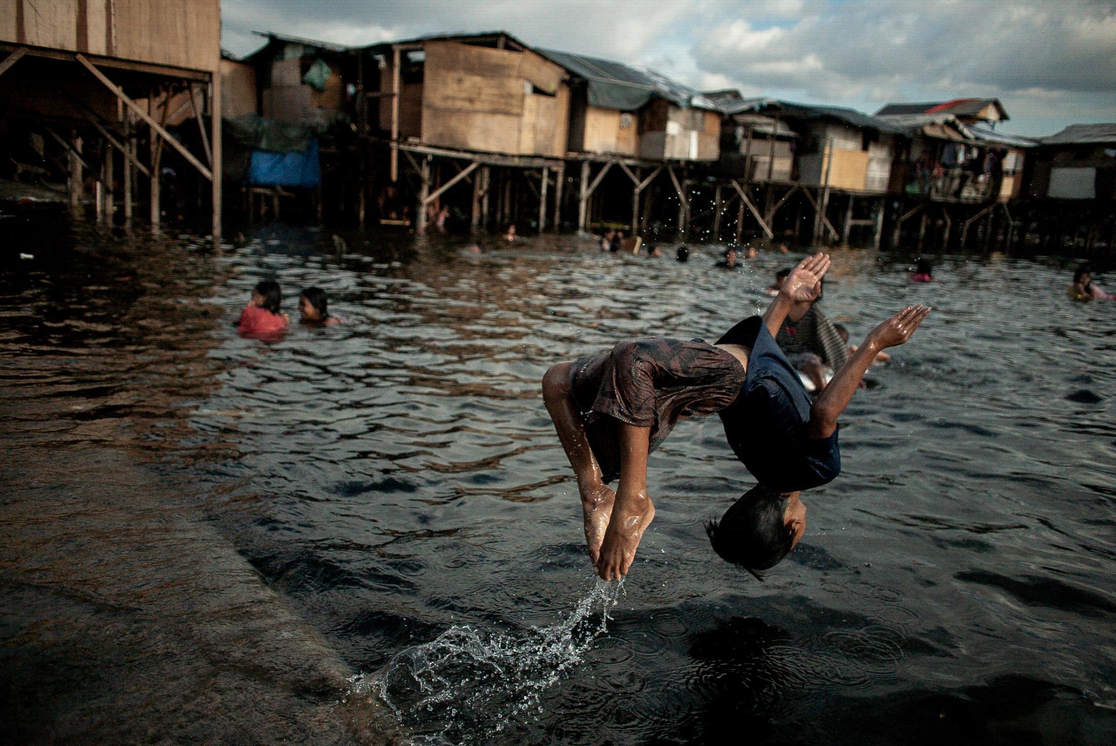 Poverty In Manila2/17/12 20120217-20120217-20120217-20120217-20120217-20120217-20120217-20120217-20120217-20120217-20120217-1.JPG