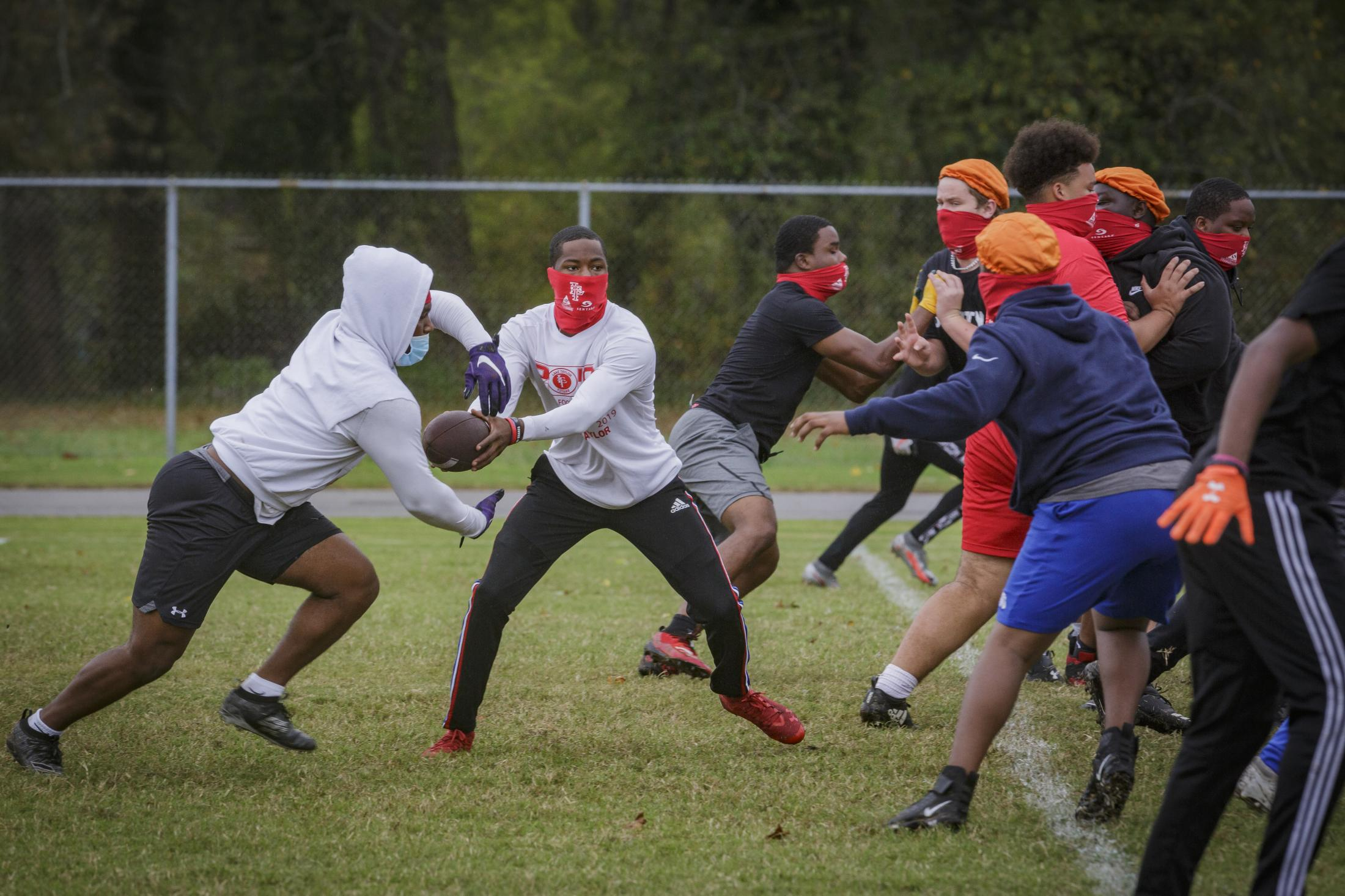 NORFOLK, VA – October 29, 2020: Jeff Foster (left) member of the Lake Taylor High School TITANS, at football practice. Due to the COVID-19 pandemic, football games were canceled at Lake Taylor High School in Norfolk, VA, but weekly practice are still going on. Carlos Bernate / The Undefeated
