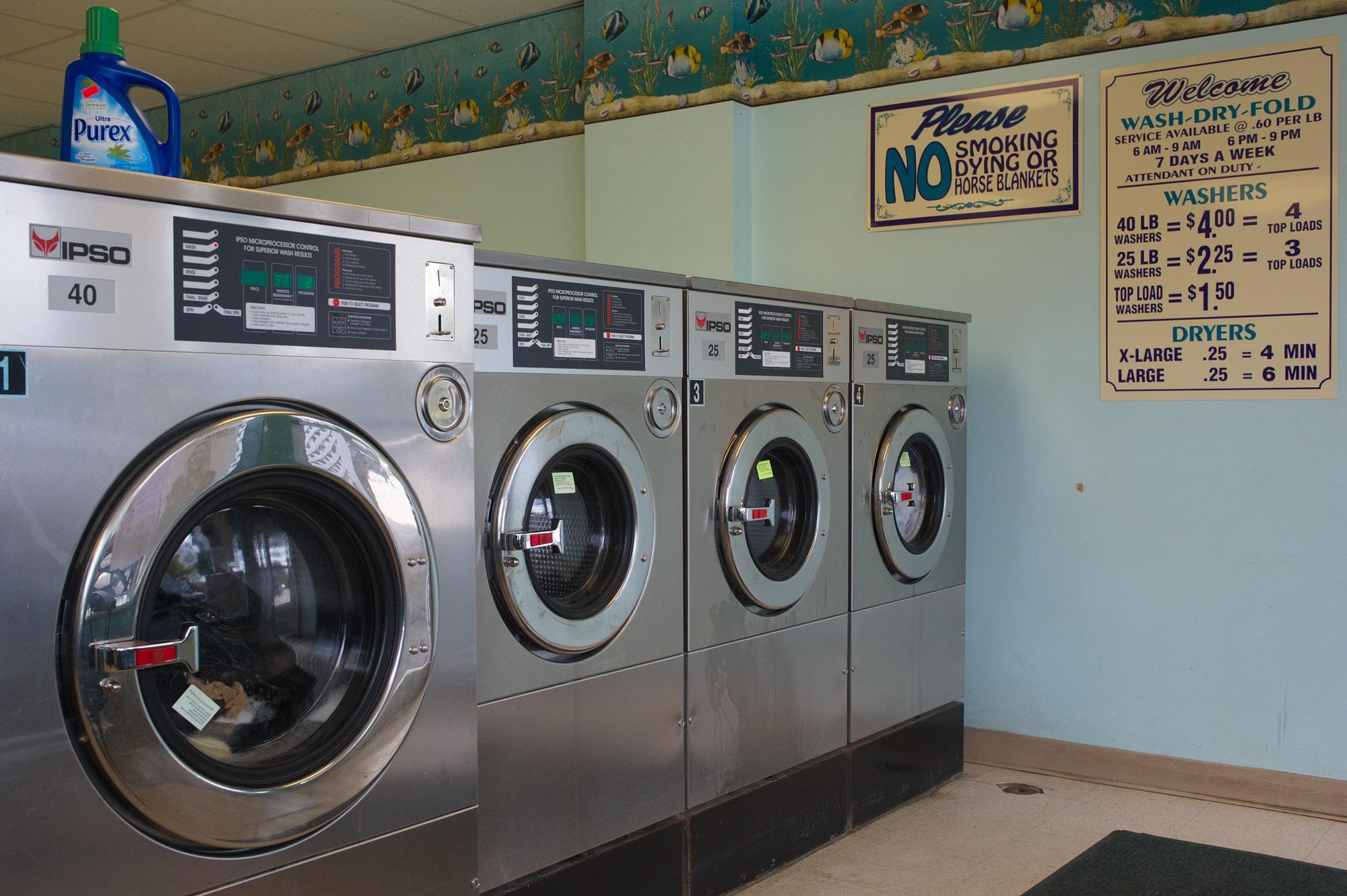 Wash 'N Dry. Walpole, New Hampshire, USA.