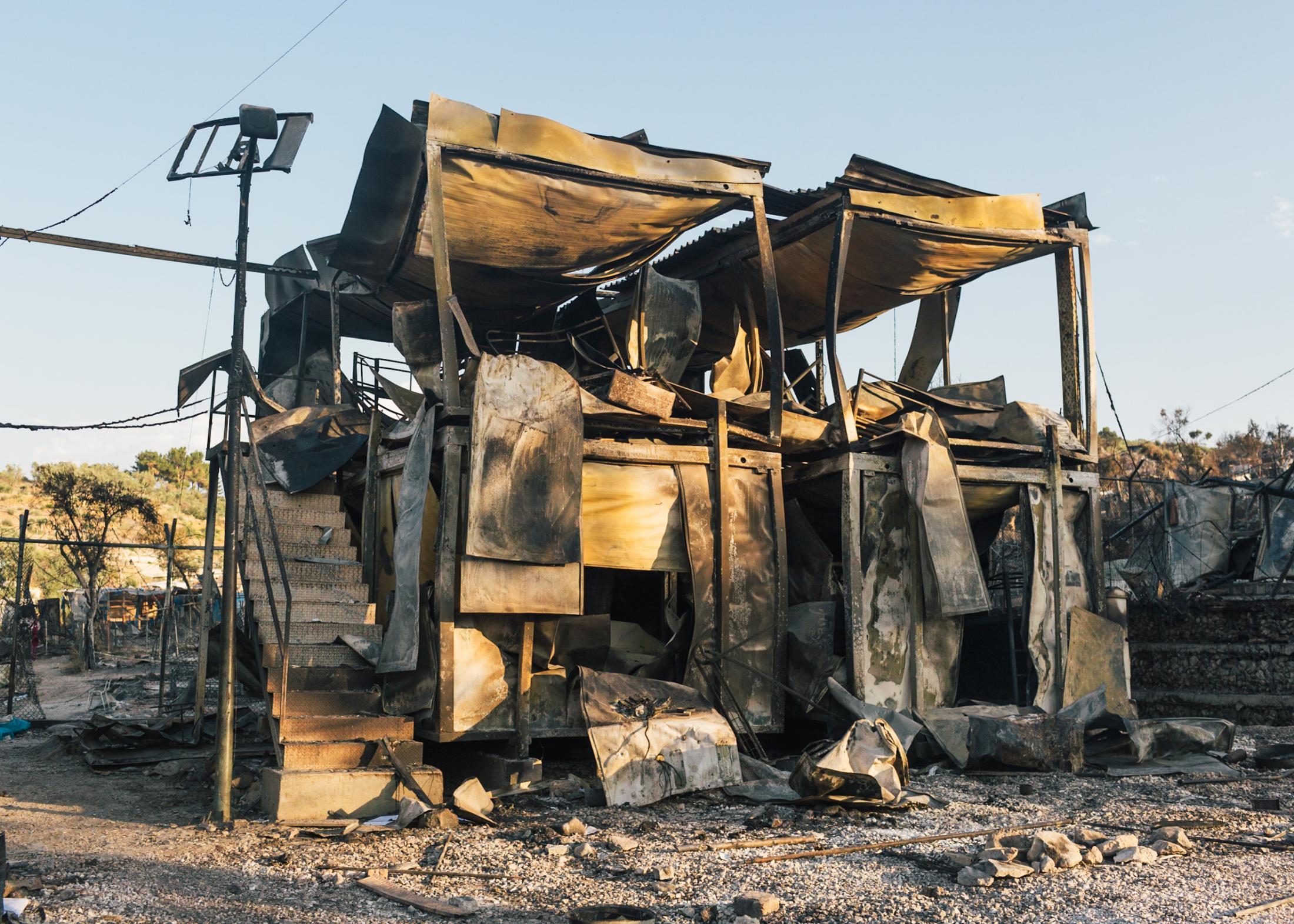 Bei einem Großbrand am 09. September 2020 werden rund 80% des Lagers zerstört.