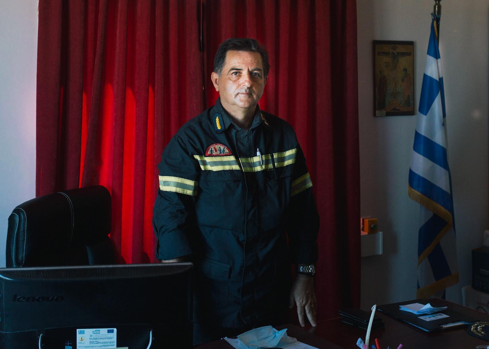 Konstantions Theofilopoulos, Chef der Feuerbrigade in der Nord-Ägäis. Zuletzt kam es in Moria jede Woche zu zahlreichen Bränden, teils mehrere an einem Tag.