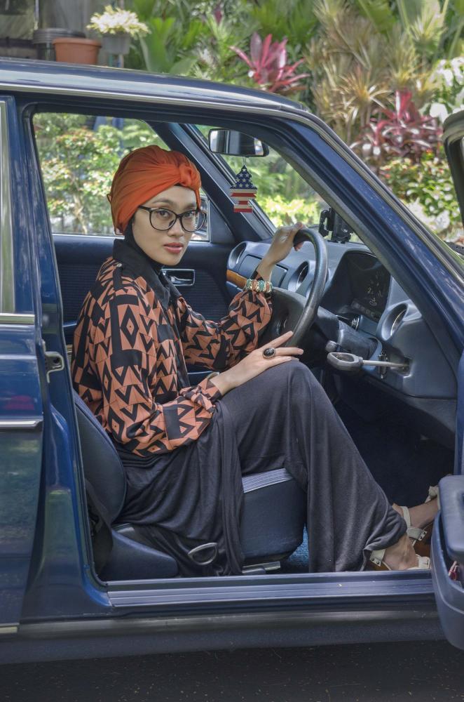 Photography image - Loading story1_hijab_nickmatulhuda1300.jpg