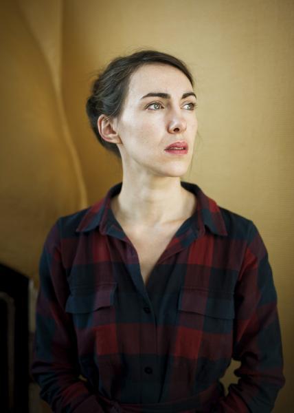 Léna Paugam actress and director for Théâtre(s)