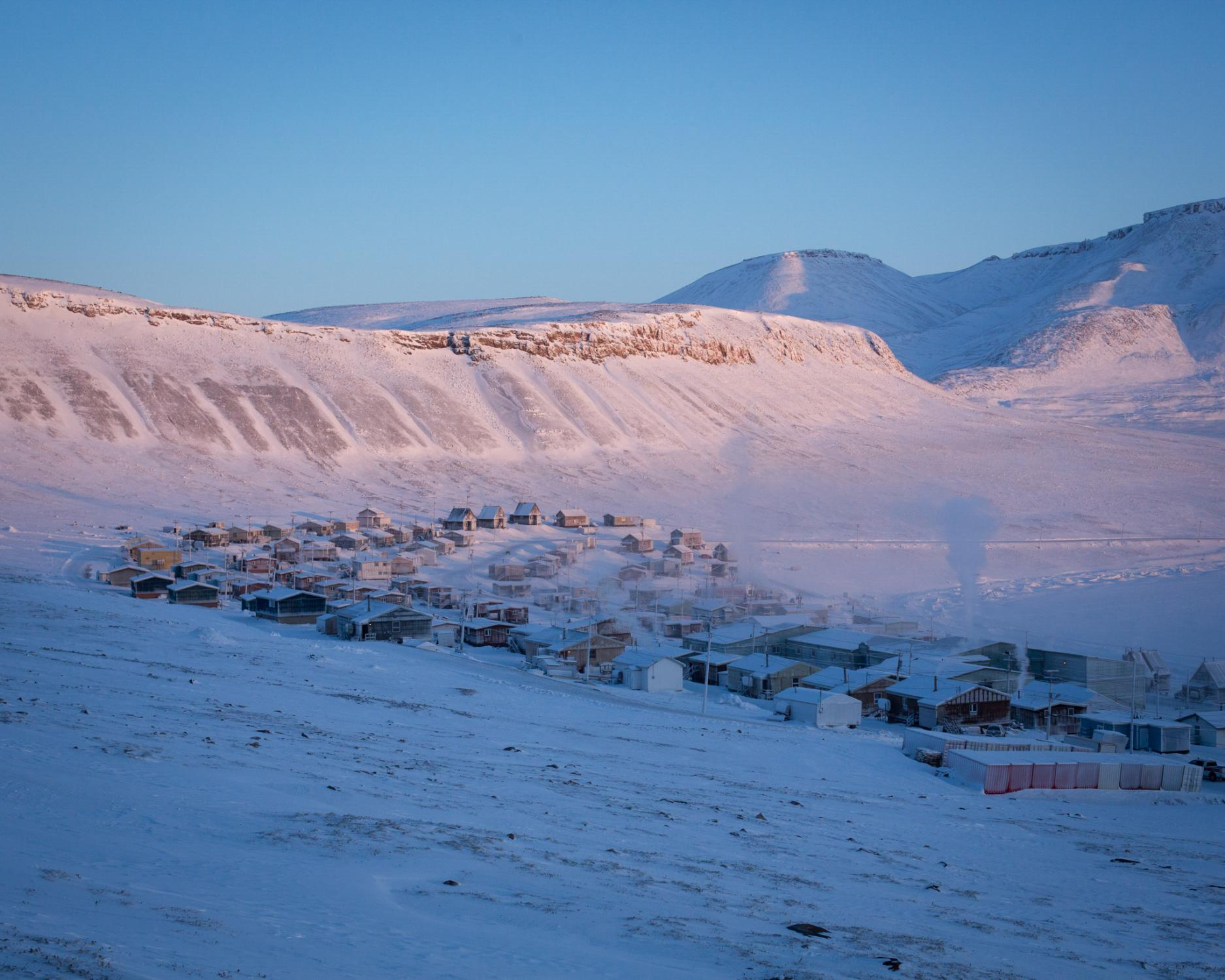 The town of Arctic Bay.