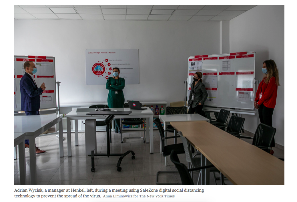 Art and Documentary Photography - Loading nytimes_anna_liminowicz_kinexion3.png