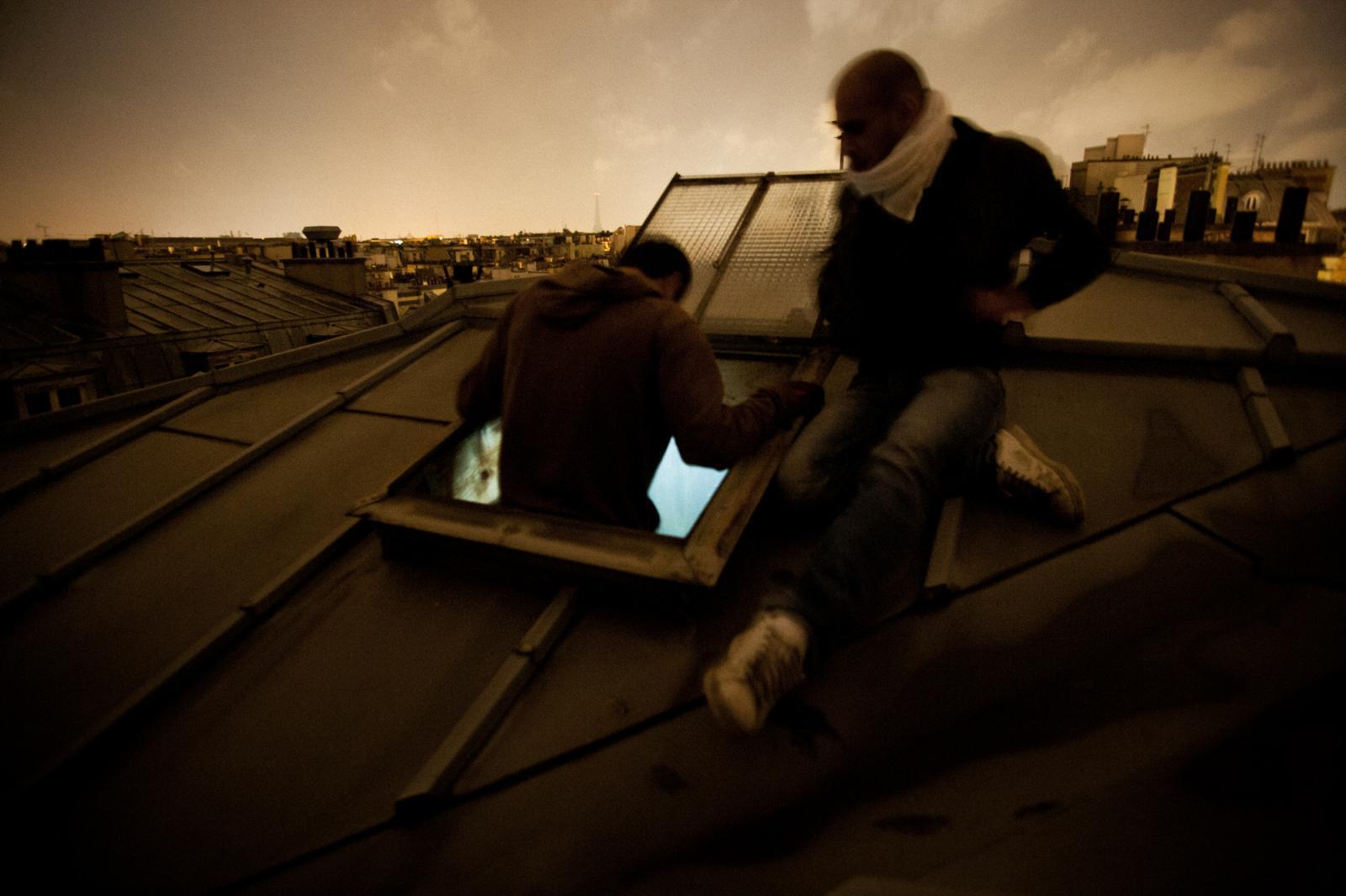Photography image - Loading juj_roof_investigations_002.jpg