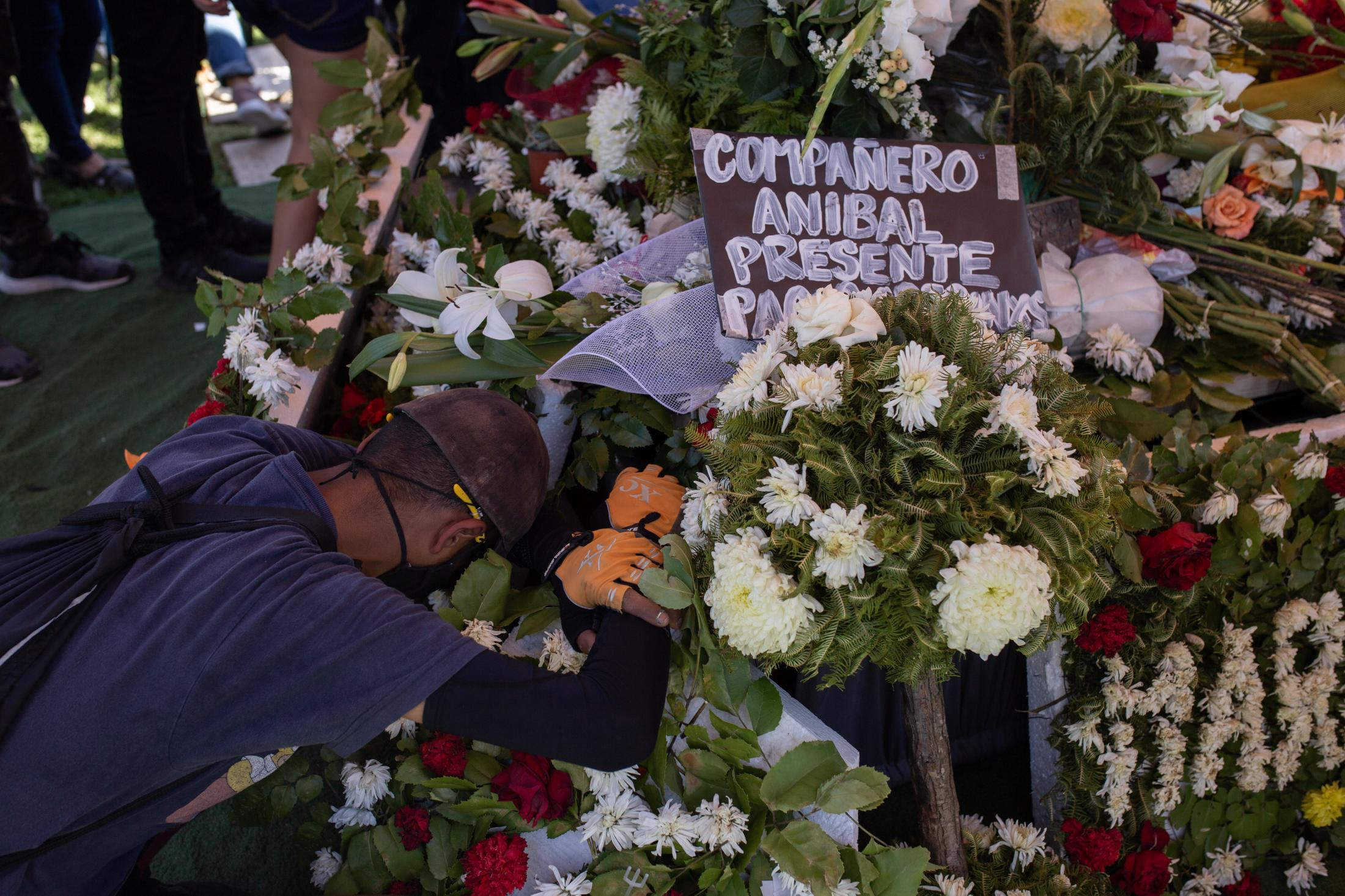 October 22, 2020. Funeral of Aníbal Villarroel, a young man who died on October 18, 2020 as a result of shots fired by Carabineros during the commemoration of the first anniversary of the social outbreak in the town of La Victoria. Santiago, Chile.