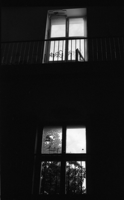 Art and Documentary Photography - Loading Neukolln_Child_hosp-04.jpg