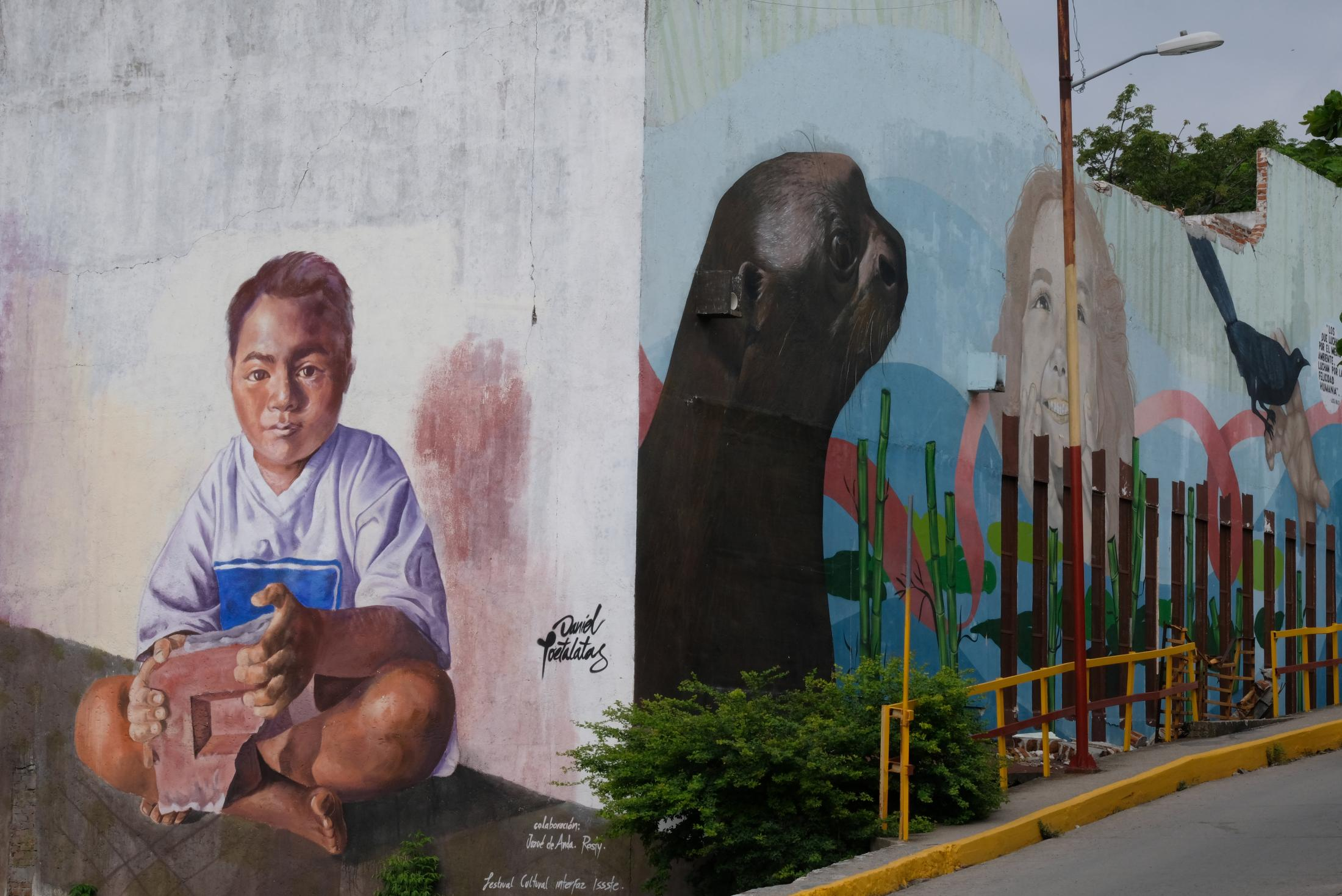A mural next to the town market had been dedicated to the conservation of nature, its people and youth who live in the communities. Juchitan is located in a central plain in the Isthmus of Tehuantepec. The Isthmus has historically been an area of geopolitical importance for its oil industry which has deteriorated the natural environment and its communities