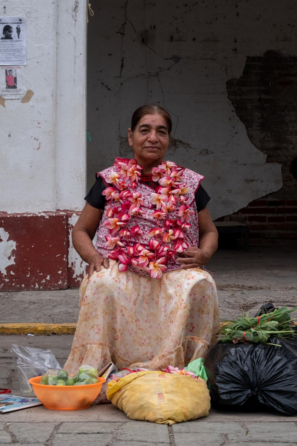 Indigenous Zapotec women sell traditional flower Cacalosuchil. For an hour or so we talked about how afraid they were of incoming earthquakes and how no help from the government had come to repair the structural damages in their communities, while crime and insecurity had dramatically increased.