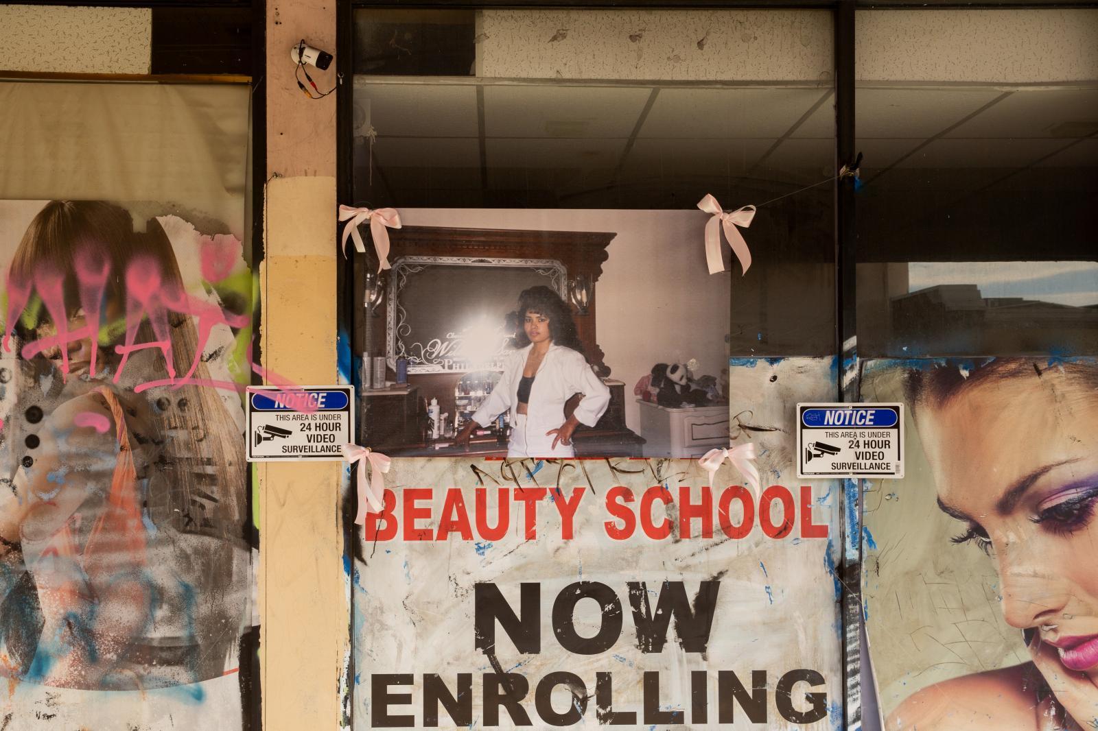 Photography image - Loading Banner-BeautySchool-4.jpg