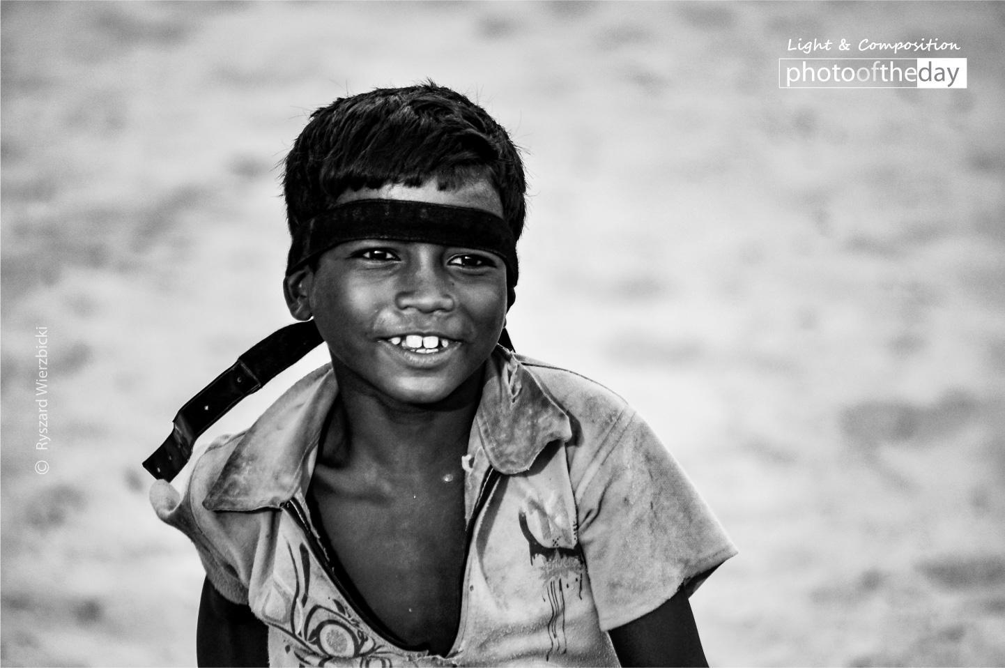 Photography image - Loading A_Bodh_Gaya_Boy.jpg