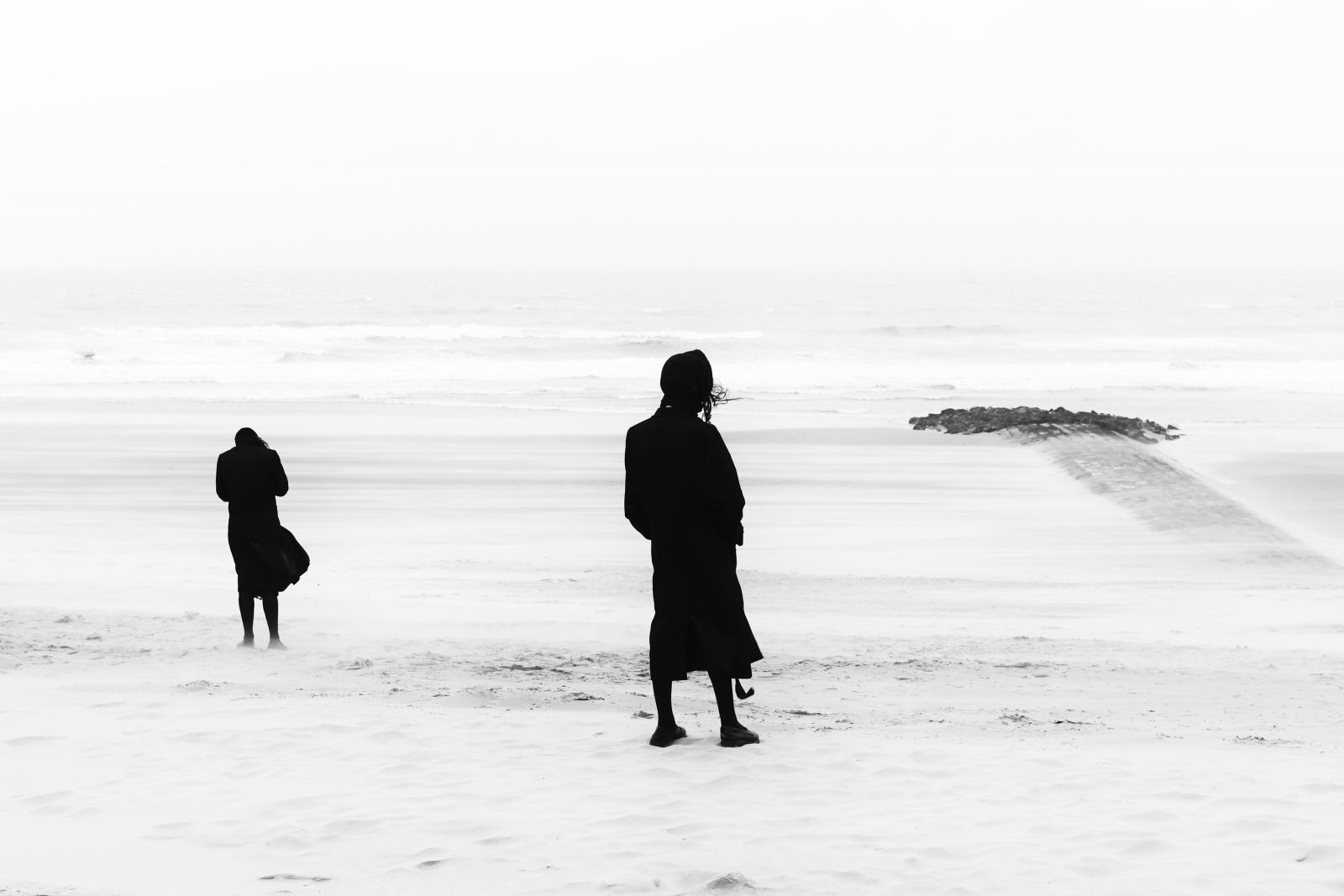 Photography image - Loading 02.Eddy-Verloes_Separate_islands.jpg